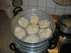 Manti in a steam cooker