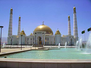 The largest Masjidin in Turkmenistan