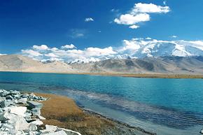 Karakuri Lake
